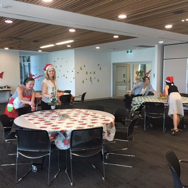 Patient Christmas dining room